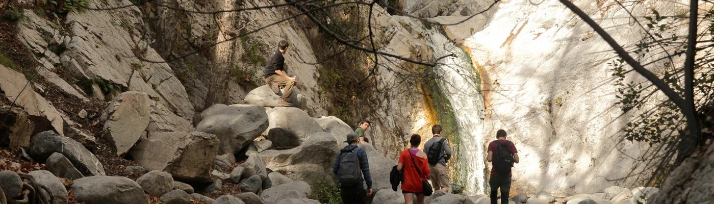 LA Study Away Students Go Hiking