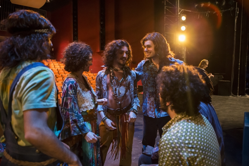 Cast of HAIR (2014) rehearsing