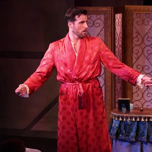 Sean Thompson in KISS ME KATE